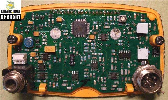 Схема металодетектора.  ACE.  250. Глубина залегания определяется по боковой шкале (справа на дисплее)...
